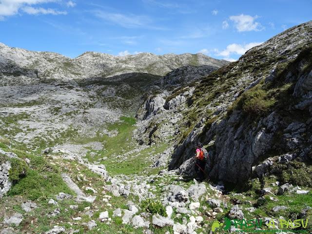 Ruta al Cantu Ceñal: Tramo al Collado del Jito desde el Cantu Ceñal