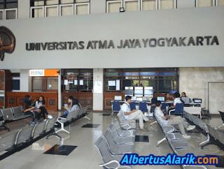 Ruang tunggu Atma Jaya Yogyakarta