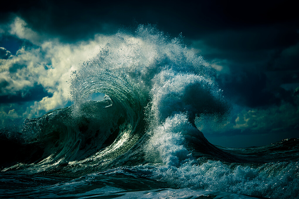 Australian Photographer Has Spent A Decade Capturing Waves, And The Result Is Magical