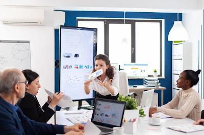 Alasan Mengapa Perusahaan Anda Perlu Menggunakan Aplikasi Absensi