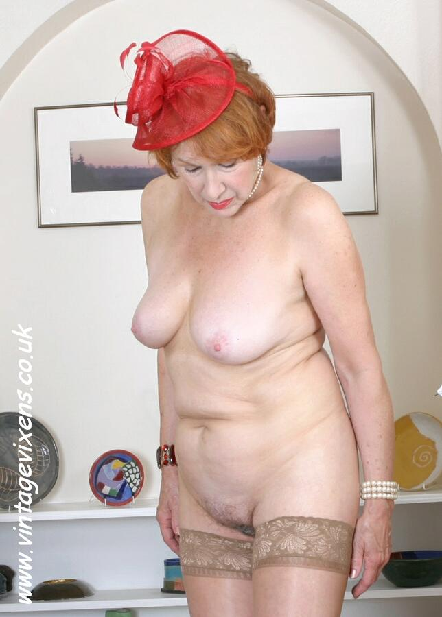 Mature British Women In Stockings