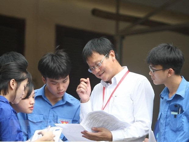 Giáo sư Lê Hải An - Nơi em đã ra đi là LanCan cao 1,45 m, oan nghiệt
