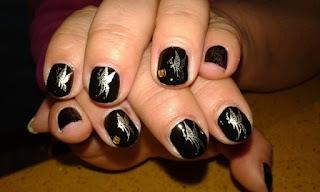 manicura negra elegante