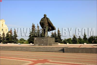 Пинск. Памятник Ленину