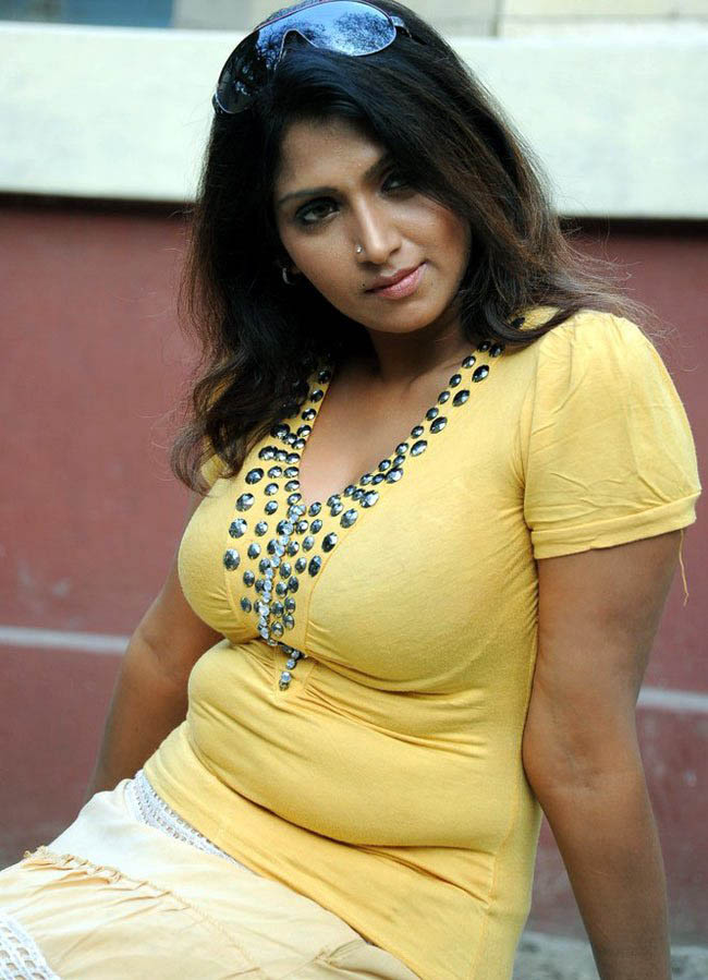 South Indian Aunty Sexy Images