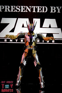 S.H. Figuarts Kamen Rider Thouser 02