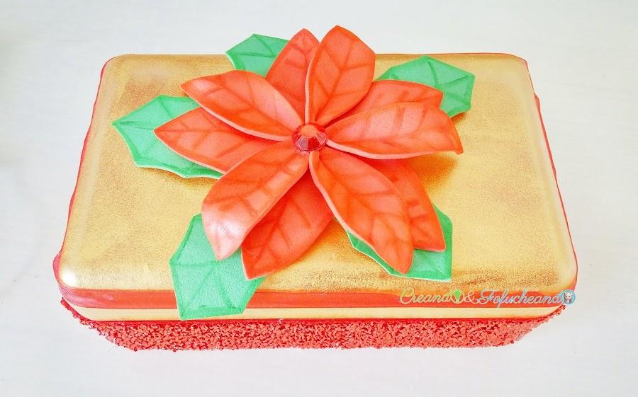 cómo-hacer-ponsettia-o-flor-de-nochebuena-fácil-en-goma-eva-caja-navideña-reciclada-creandoyfofucheando