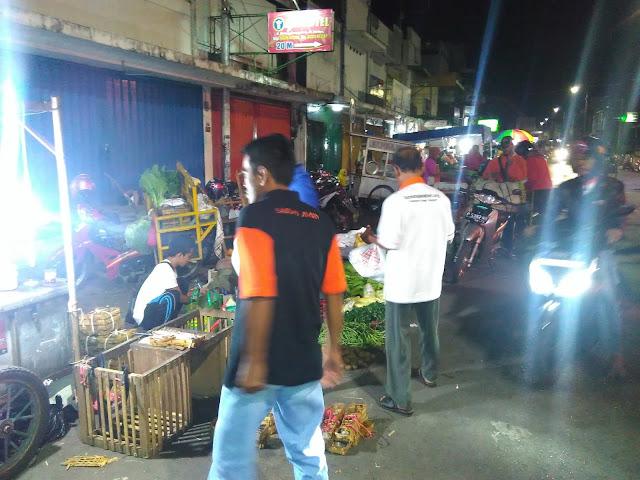 Sahur on the road Lazismu Jember di Pasar Tanjung Kab. Jember 4