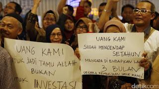 Calon Jemaah Umrah First Travel Ingin Uangnya Dikembalikan