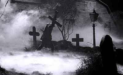 Horror Hotel una película atmosférica y terrorífica