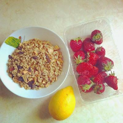 κέικ με βρώμη και φράουλα