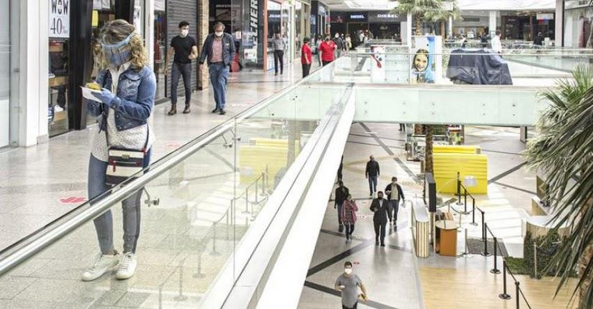 Gobierno incrementa aforo en tiendas y restaurantes en fase 4 de reactivación (D. S. Nº 183-2020-PCM)