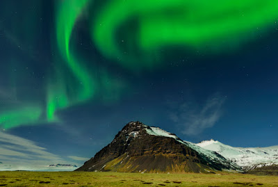 The Northern Lights are a great Iceland winter activity