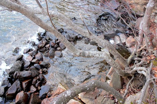 屈斜路湖、和琴半島のワイルドすぎる野湯・混浴露天風呂を巡る【o】 奥の湯