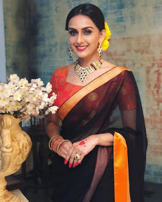 Niyati Joshi image
