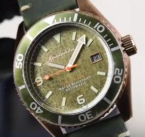 """MediaWeb4U-Spesifikasi Dan Harga Jam Tangan """"Spinnaker SP-5065-03 Vintage Wreck Men Green Dial Green Leather Strap"""", Selamat malam para pengunjung dimana saja anda berada semoga tak ada yang berkurang segala sesuatunya, Amin. Mediaweb4u kemarin sudah berbagi mengenai """"Tips berbelanja yang aman"""", Nah pada kesempatan kali ini mediaweb4u akan shere mengenai """"Jam Tangan"""", Jam tangan merupakan sebuah aksesoris yang berharga bagi kaum hawa selain kalung, cincin dan gelang juga anting. Baiklah sesuai dengan tema diatas Jam tangan pria """"Spinnaker SP-5065-03"""", Bersumber dari jamtangandotcom yang iklannya bertebaran di web/ blog-blog, jam tangan ini cukup bagus, alus, keren, apalagi dipakai di momen lebaran ini (Idul fitri 2019), makin cucok kayaknya, berikut spesifikasinya!    Spesifikasi Spinnaker SP-5065-03  Merek Spinnaker Model No. SP-5065-03 Seri Vintage Wreck Gender Pria Garansi produk Garansi Internasional 1 Tahuni Casing berdiameter 43 mm Ketebalan casing 14,5 mm Tahan air 100 Meter / 10 ATM / 10 BARi Bahan Sarung Stainless Steel Case back Screw back-case case back Bahan gelas Kristal mineral Bahan tali Kulit / Kulit Genggam Bucklei Kalender Datei Luminious / LumiBrite Ya Gerakan Jepang TMI NH35 Gerakan Otomatis dengan 3 Tangan dan Tanggal Dial warna Dial Hijau fitur MediaWeb4U-Spesifikasi Dan Harga Jam Tangan """"Spinnaker SP-5065-03 Vintage Wreck Men Green Dial Green Leather Strap"""", Selamat malam para pengunjung dimana saja anda berada semoga tak ada yang berkurang segala sesuatunya, Amin. Mediaweb4u kemarin sudah berbagi mengenai """"Tips berbelanja yang aman"""", Nah pada kesempatan kali ini mediaweb4u akan shere mengenai """"Jam Tangan"""", Jam tangan merupakan sebuah aksesoris yang berharga bagi kaum hawa selain kalung, cincin dan gelang juga anting. Baiklah sesuai dengan tema diatas Jam tangan pria """"Spinnaker SP-5065-03"""", Bersumber dari jamtangandotcom yang iklannya bertebaran di web/ blog-blog, jam tangan ini cukup bagus, alus, keren, apalagi dipakai di momen lebaran ini (I"""