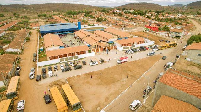 Prefeitura inaugura novo Centro Educacional Municipal de Iramaia
