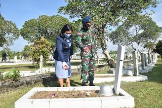 Sambut HUT Ke-75 TNI AU, Lanud Supadio Laksanakan Ziarah Rombongan