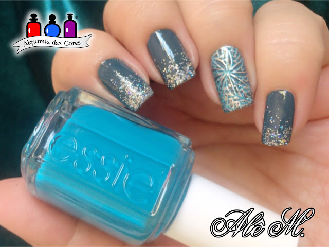 Cici & Sisi plates, Cici and Sisi Geometry 03, Essie Gel Couture, Off-Duty Style, Top Coat, Gel Couture, Carnival, Glitter, Strut your Stuff, Azul, No Place Like Chrome, Silver, Prata, Metálico, Alê M.