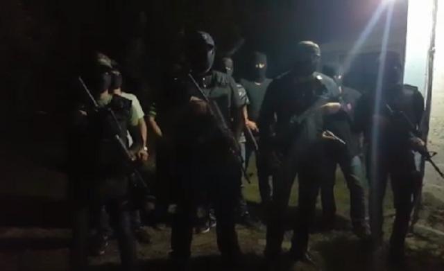"""VIDEO; """"El Comandante Sierra 4"""" , jefe de estacas de Los Zetas manda mensaje en Varecruz..hemos regresado ,nos tuvimos que retirar , por ya estamos aquí por que es territorio Z"""