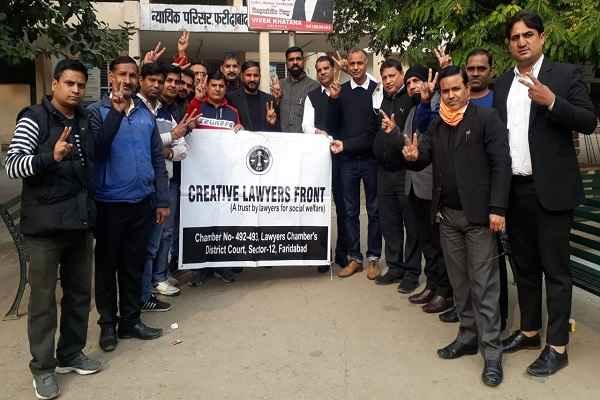 faridabad-lawyers-happy-court-will-open-full-capacity