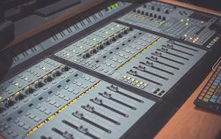 Career In Sound Engineering,career options in sound engineering,graduation in sound engineering