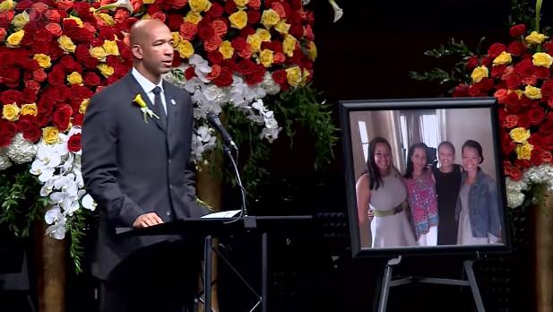 Exjugador de la NBA dejó a todos asombrados con un discurso en el funeral de su esposa