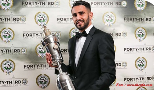 Raih PFA Player of the Year 2016, Riyad Mahrez Siap Angkat Tropi EPL.