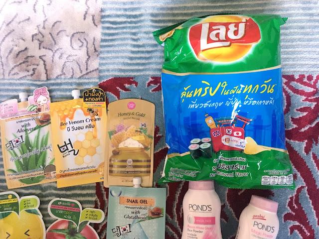 7eleven thailand, bangkok, Pond's, Lays, Bigbag seaweed