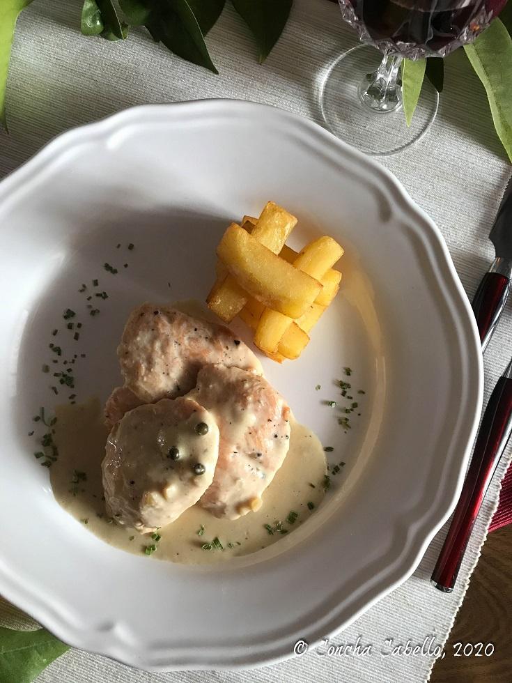 solomillo-pimienta-verde-mantel