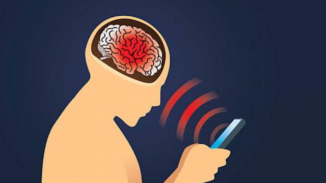 دراسة خطيرة استخدام الهاتف لسنة كاملة قد يسبب فقدان الذاكرة