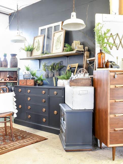 Vintage decor and furniture