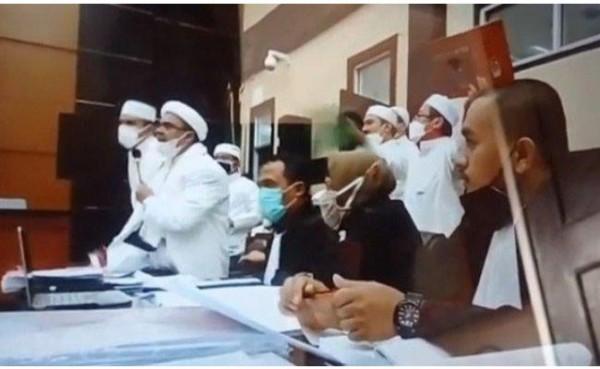 SKT dari Kemenag dan Ikrar Setia UUD 1945 dan Pancasila Beres, HRS: FPI Malah Dibubarkan