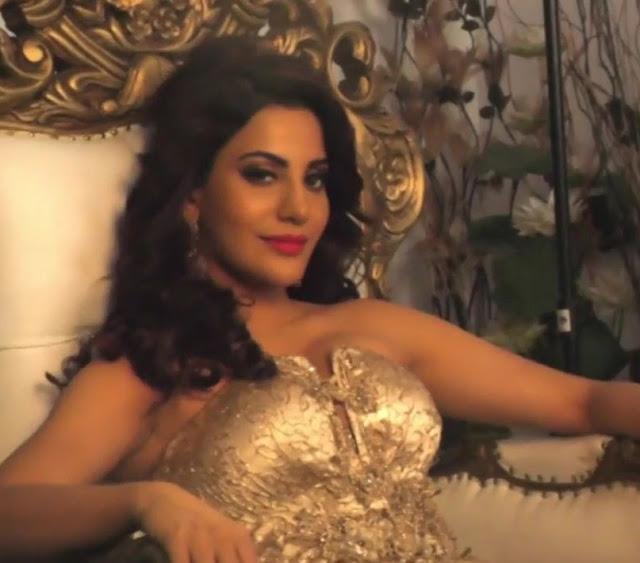 Preeti Soni Behind the Scenes Spicy Photoshoot