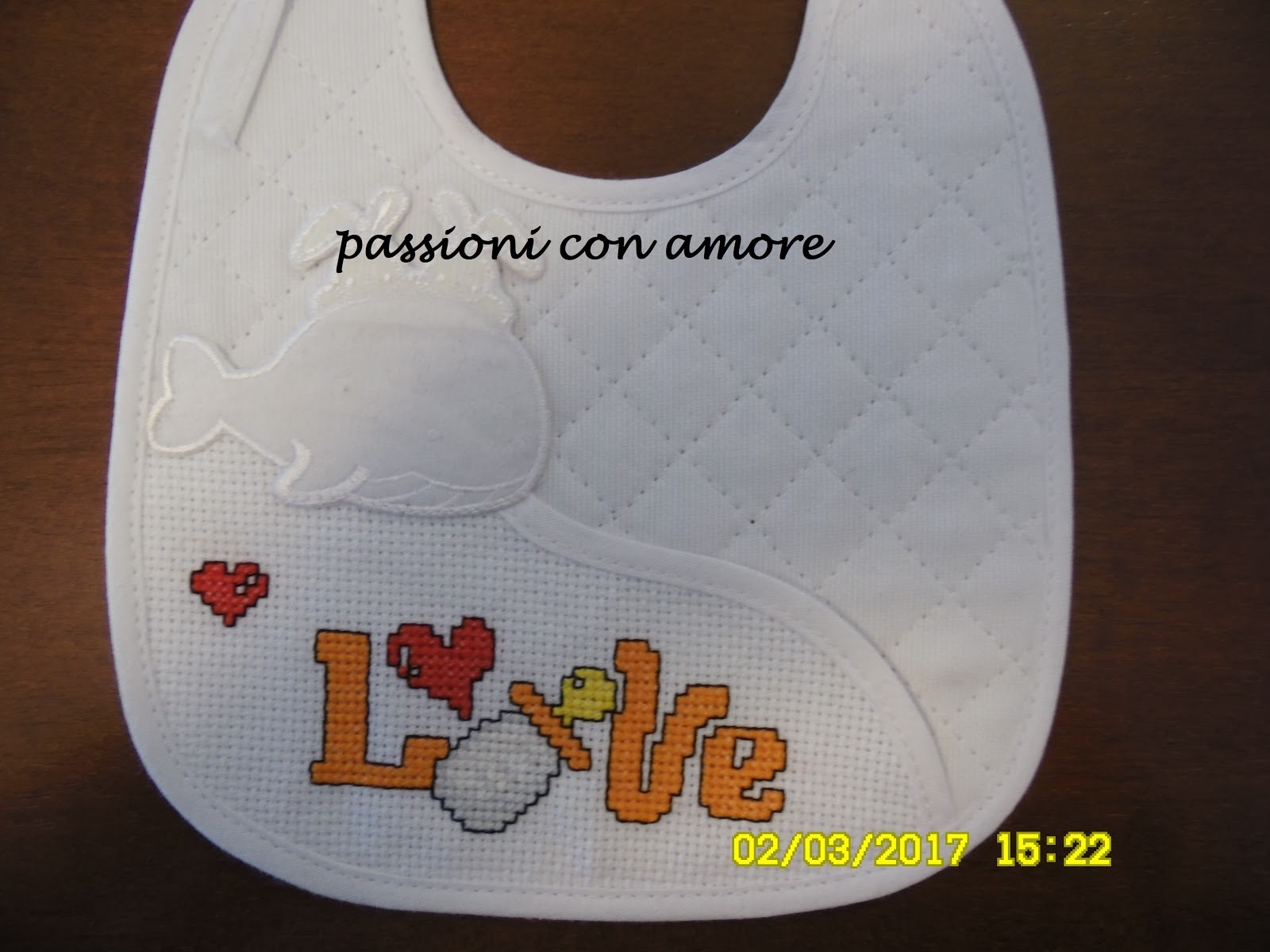 Passioni Con Amore Bavaglino Neonato Con Ricamo A Punto Croce Love