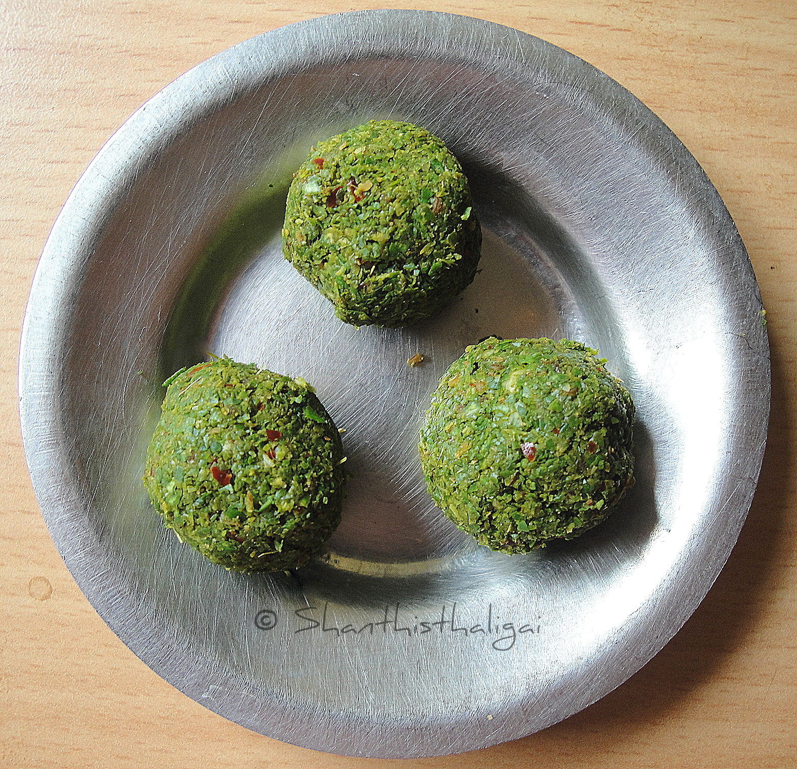 How to make Nartha ilai podi, How to make veppilai katti, How to make citron leaves pickle, How to make citron leaves powder