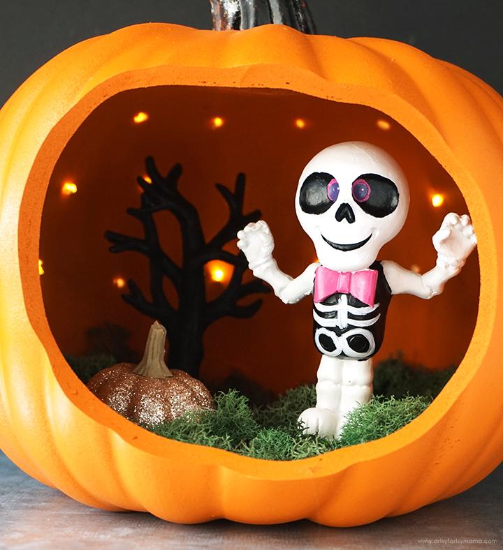 Halloween Pumpkin Diorama Close-Up