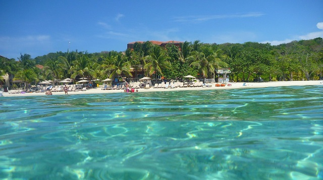 West Bay Beach, Honduras