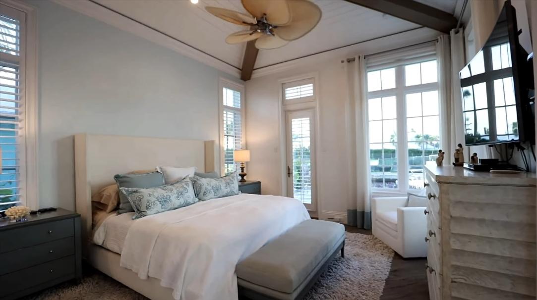29 Interior Design Photos vs. 1325 Marlin Dr, Naples, FL Luxury Home Tour