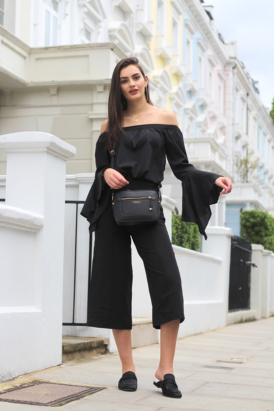 all black spring outfit peexo fashion blogger