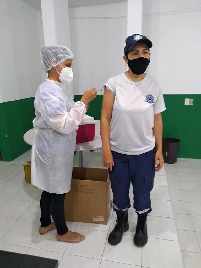 Efetivo da Guarda Civil de Parnaíba é vacinado contra a covid-19
