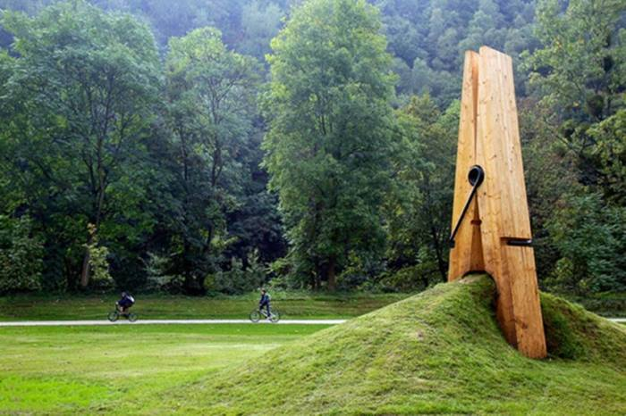Giant clothespins Sculpture
