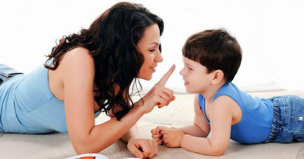 gaya berkomunikasi orang tua yang salah