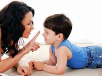 12 Cara Berkomunikasi Orang Tua Pada Anak yang Harus Dihindari