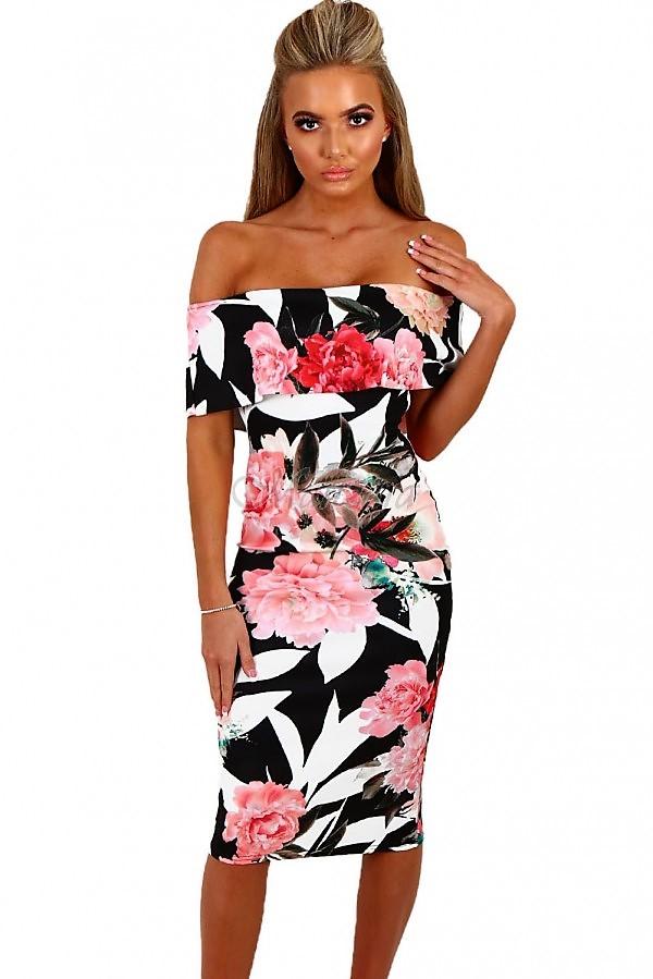 Druhé kvietkované šaty sú pre odvážne ženy b2f38ead036