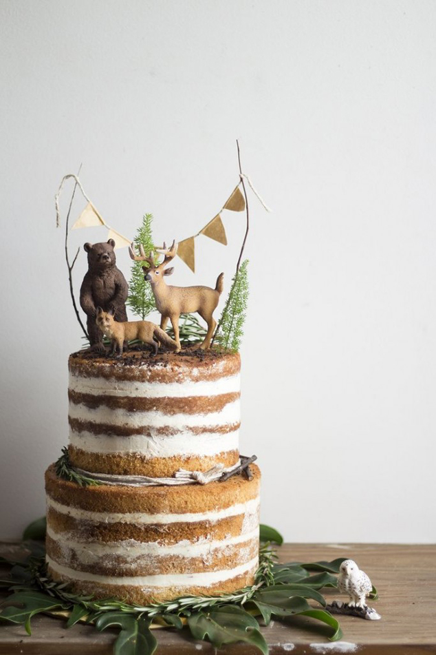 Winter forest nude cake