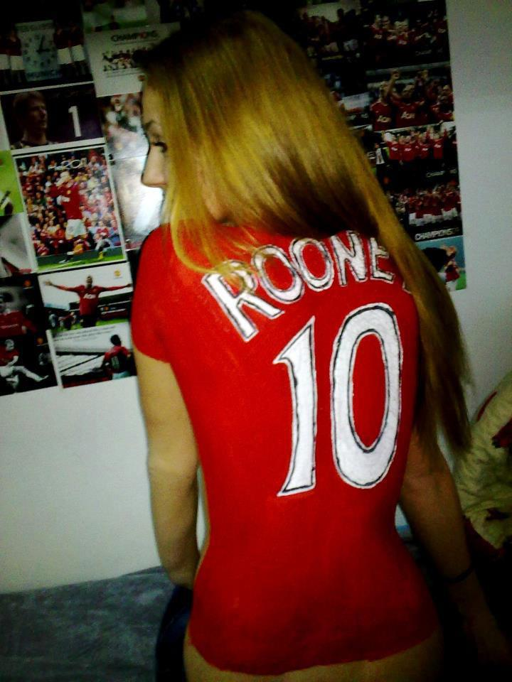 Manchester united female celebrity fans cheering
