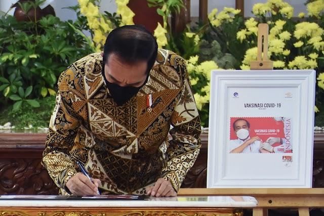 Jokowi Luncurkan Program Konektivitas Digital dan Prangko Seri Gerakan Vaksinasi Covid-19