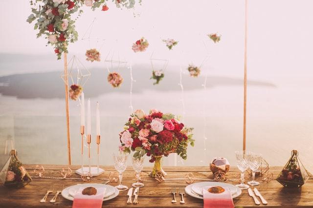 Pomysły na gustowny prezent ślubny