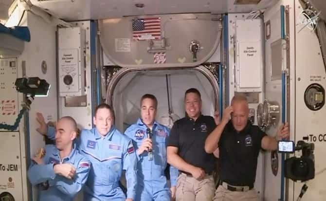 astronautas,